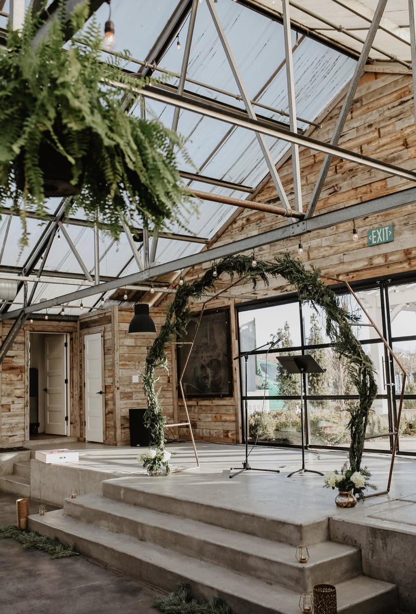 round wedding arch at Glasshouse Venues